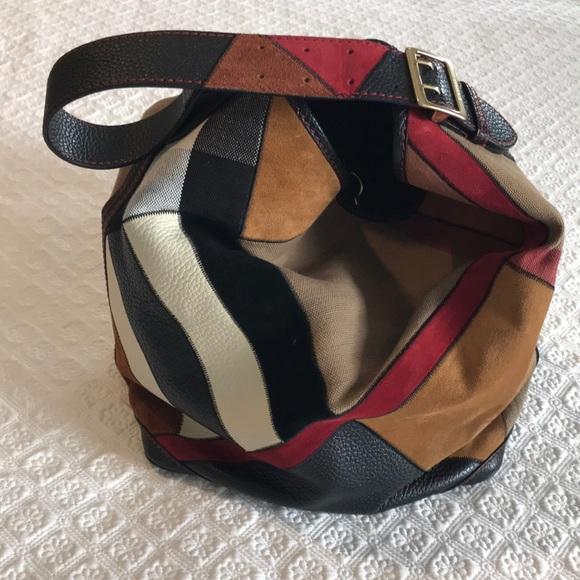 9c55b1a1c72f Burberry Handbags - Authentic Burberry Peyton patchwork handbag